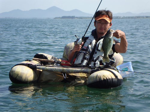 琵琶湖フローター
