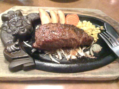 ブロンコビリーでステーキ