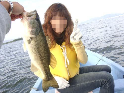 琵琶湖南湖でブラックバス釣り