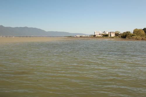 台風後の琵琶湖