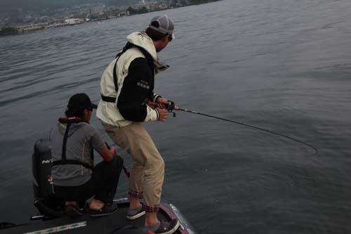 琵琶湖のバス釣り