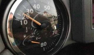 トライトンのガソリンメーター故障